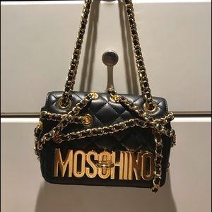 Moschino collector !